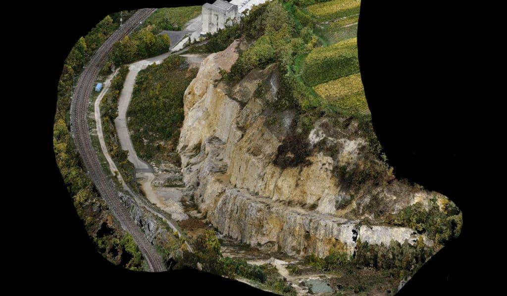 3D Modellierung-digitales-Geländemodell-Steinbruch-Auswertung-Punktwolke-Drohnen-Photogrammetrie