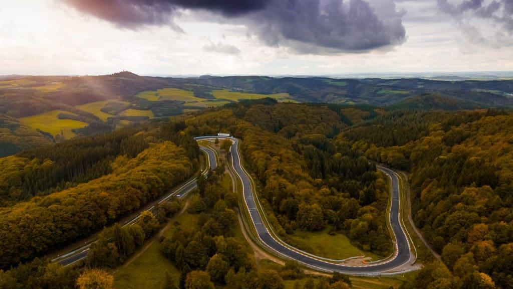 Hochauflösende-Luftbilder-Drohne-Nürburgring-Virtual-Realtiy-Content-High-Resultion-Videos-Drone