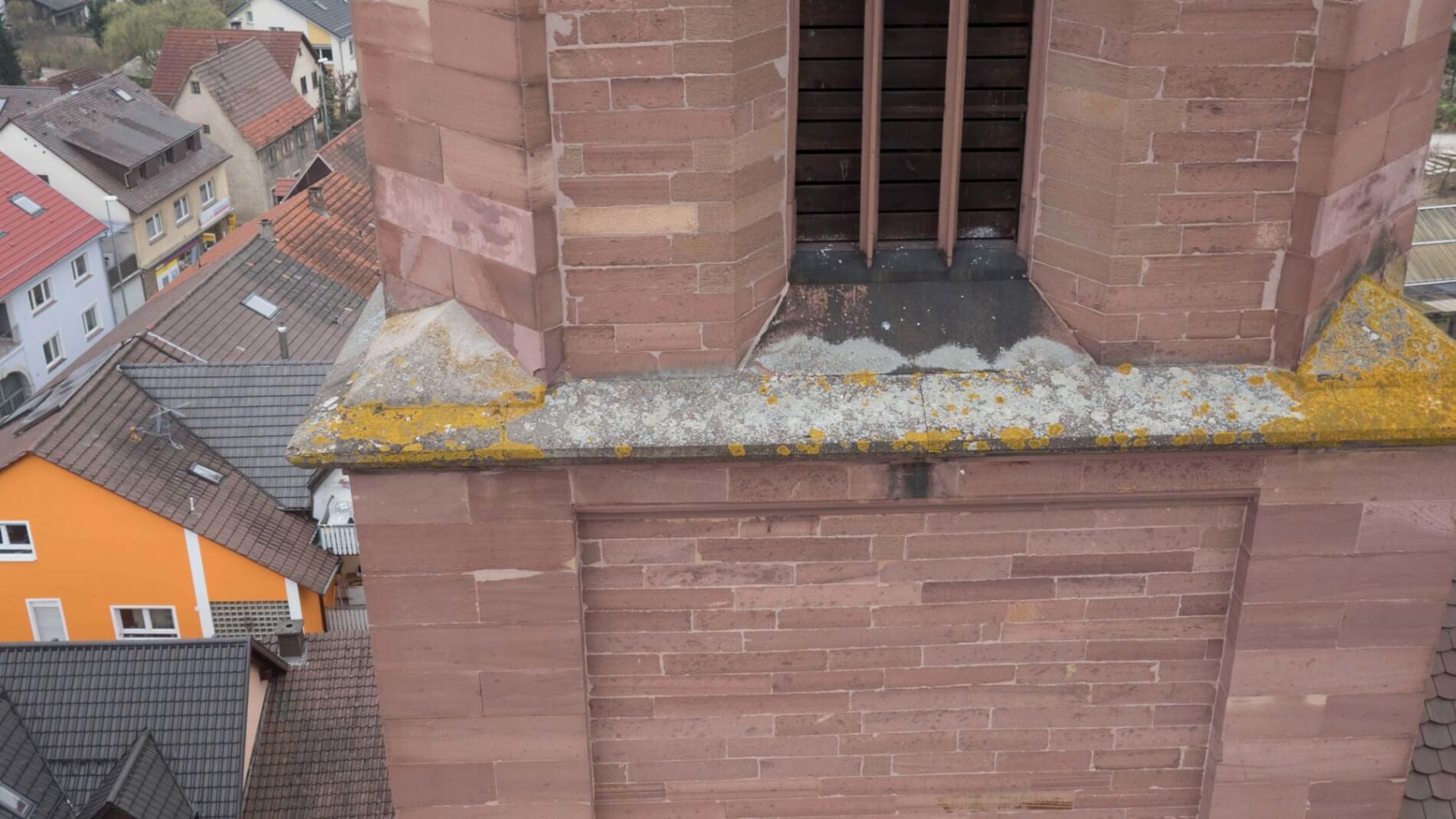 Kirchen-Inspektion-mit-Multicopter-zur-Denkmalpflege