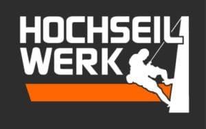 Hochseil-Werk-Inspektion-Auswertung-und-Reparatur-von-Windkraftanlagen-und-Windrädern