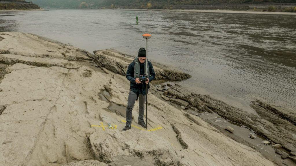 3D-Vermessung-Flussbett-Ground-Control-Points-Photogrammetrie-mit-Drohne-UAV-Vermessung