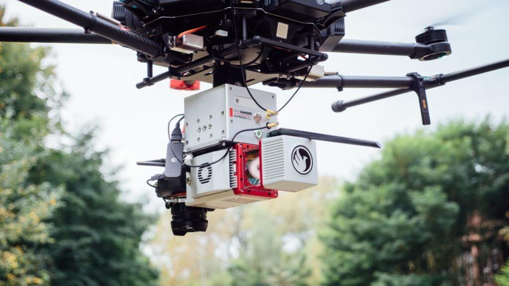 Nahaufnahme-UAV-Laser-Scanning-Phoenix-LiDAR-Scanner-Riegl-miniVUX-miniVUX2-Drohne-Multicopter-Punktwolke