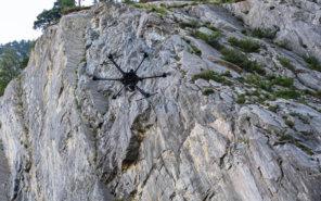 LOGXON-Porter-photogrammetrische-Vermessung-per-Drohne-Felswand-Steinbruch-Deponie-Alpen-Schweiz