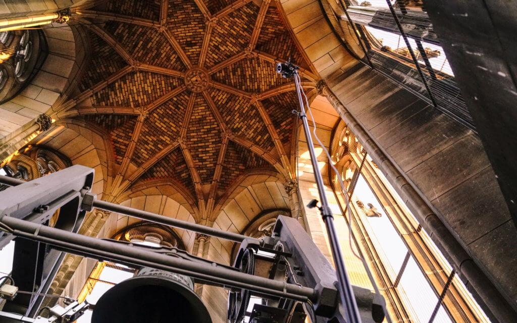Hochstativ-Indoor-Photogrammetry-Sony-a7r-iii-3D-Vermessung-von-Kirchen-per-Drohne-terrestrischer-Photogrammetrie-Laserscanning-3D-Denkmalvermessung-Kirche