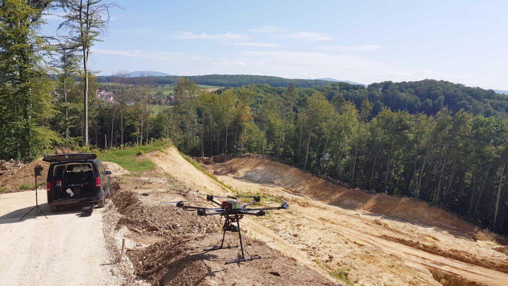 Steinbrucherweiterung-LOGXON-PORTER-Drohne-UAV-Multicopter-Hexacopter-Steinbruch-3D-Bestandsvermessung-mittels-Drohne-3D-Dokumentation-Erdarbeiten