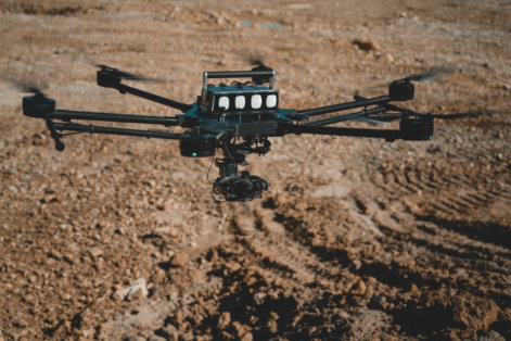 LOGXON-Porter-Drohne-UAV-Hexacopter-digitales-3D-Aufmaß-per-Drohne-Steinbruch-Vermessung-Foerderband-Aushub