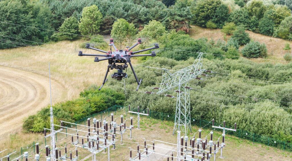 3D-Laserscans und Drohnenaufnahmen zur 3D-Bestandsmodellierung einesUmspannwerks auf Rügen
