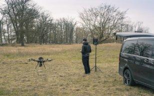 UAV-Pilot-Drohnen-Pilot-LOGXON-Alta-8-GeoSLAM-ZEB-HORIZON-UAV-LiDAR-Vermessung-zur-Erfassung-der-Vegetationsstruktur-von-Waldflächen-Elbe-Elbvorland-Brandenburg