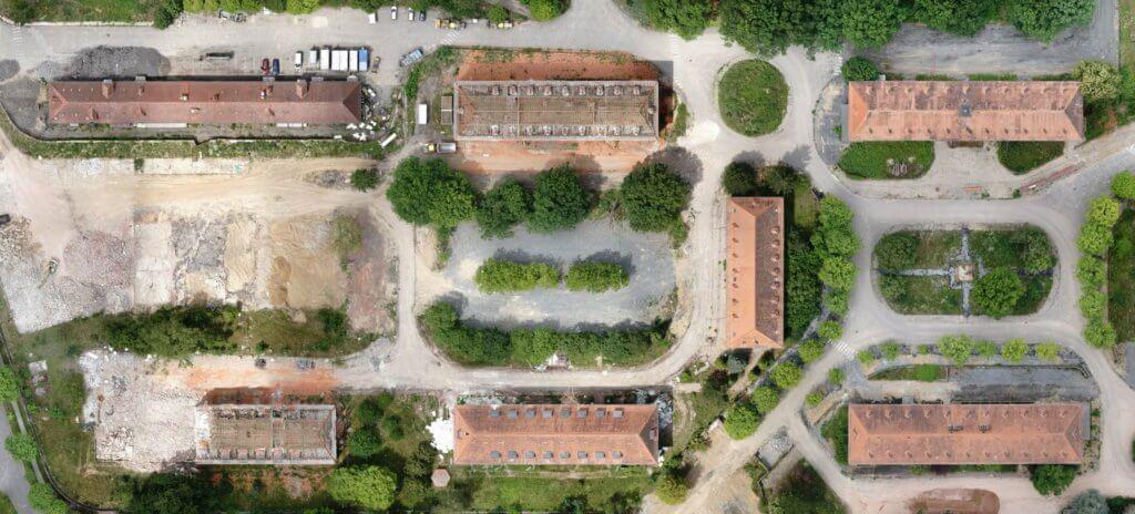 Verzerrungsfreies-Luftbild-Gebaeude-Darmstadt-Abriss-DOP-True-Orthofoto-aus-Drohnenbildern-verzerrungsfreies-Luftbild-Multi-Stereo-photogrammetrie-ohne-Verkippung-Umklappeffekte-Kippung