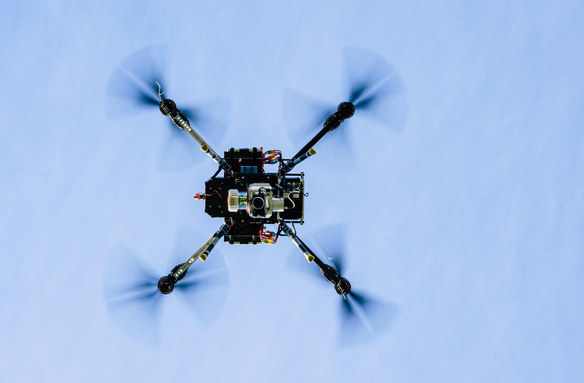 Logxon-laserscanner-uav-drone-lidar-drohne-vermessung-scanner-laser-oktokopter-survey-topshot-punktwolke